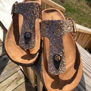 92b397cbd8f Anna Shoes - Rose Gold Sparkle T Strap Sandals - NEW! Size 9